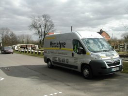 Mobile_tyre_fitting_van_Sutton_and_Fradley_002