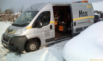 Hometyre_Van_with_Winter_Tyres_Fitted